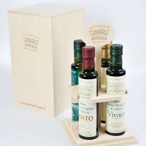 Wooden box with 4 bottles of 0,250 ml